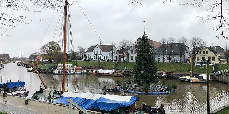 Aufbau Schwimmender Weihnachtsbaum 2020